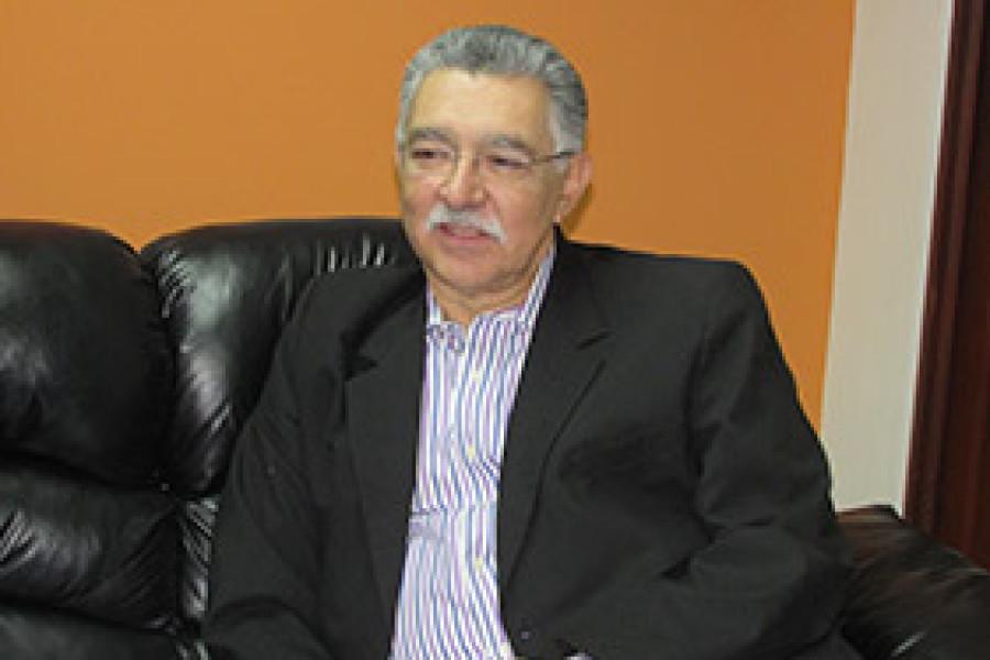 ENTREVISTA AL SR JOSE NAPOLEÓN DUARTE  MINISTRO DE TURISMO